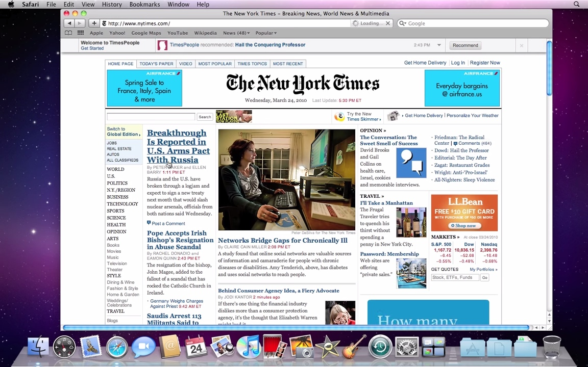 Mac OS X 10.6 Snow Leopard Safari Browser with NY Times Website (2009)