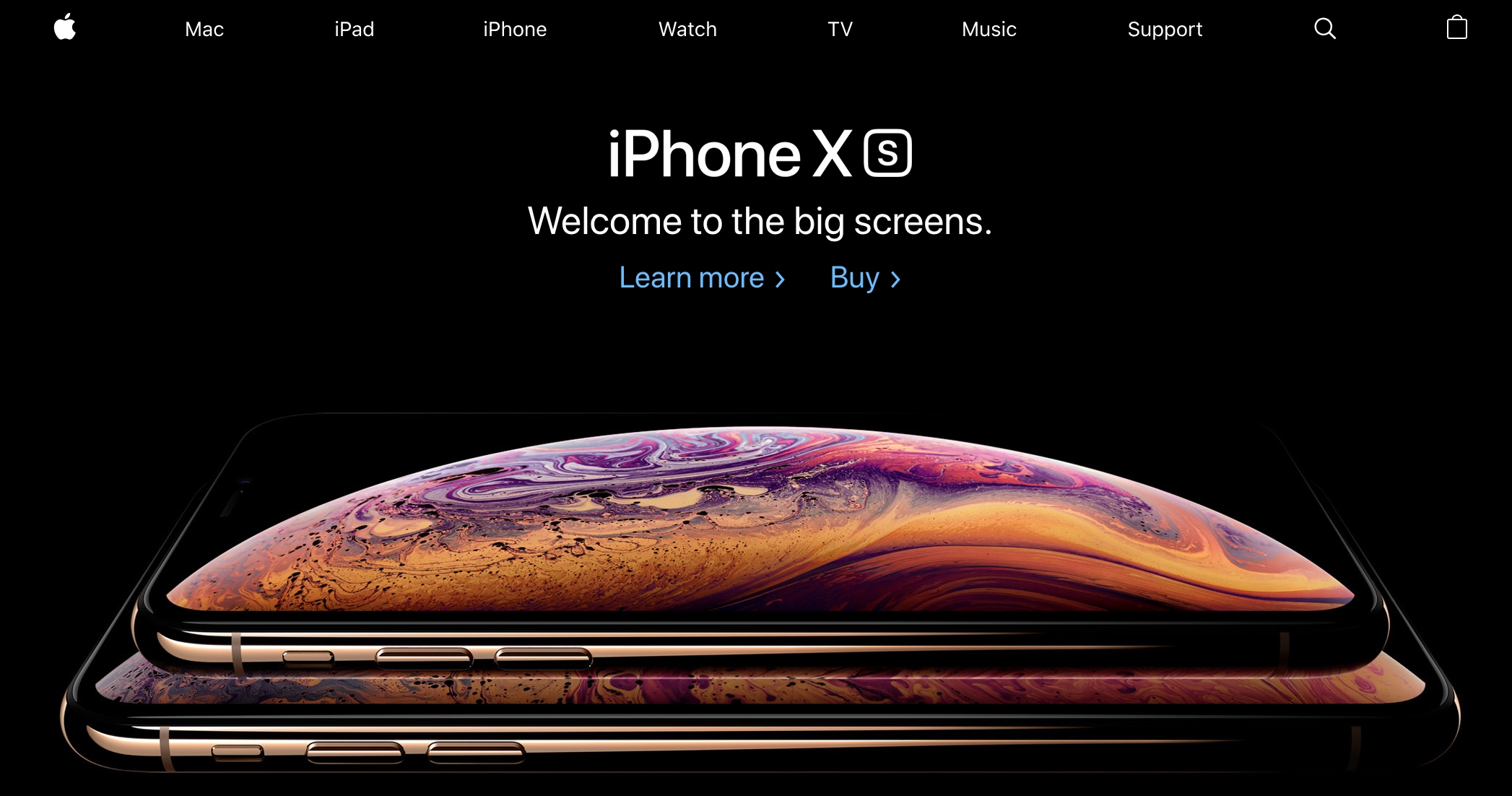 Apple homepage showing iPhone Xs (2018)